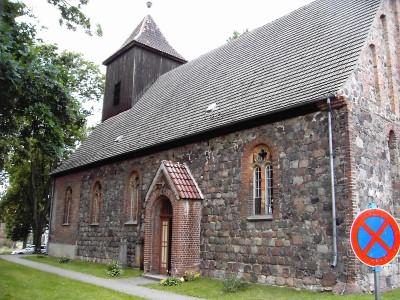 Seitenansicht Kirche Jacobsdorf